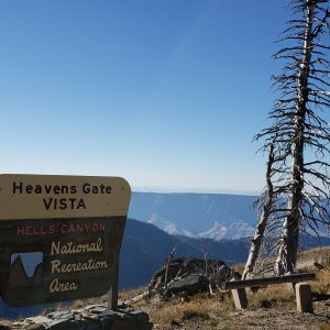 Heaven's Gate Vista (ID side of Hells Canyon) 8379ft.jpg